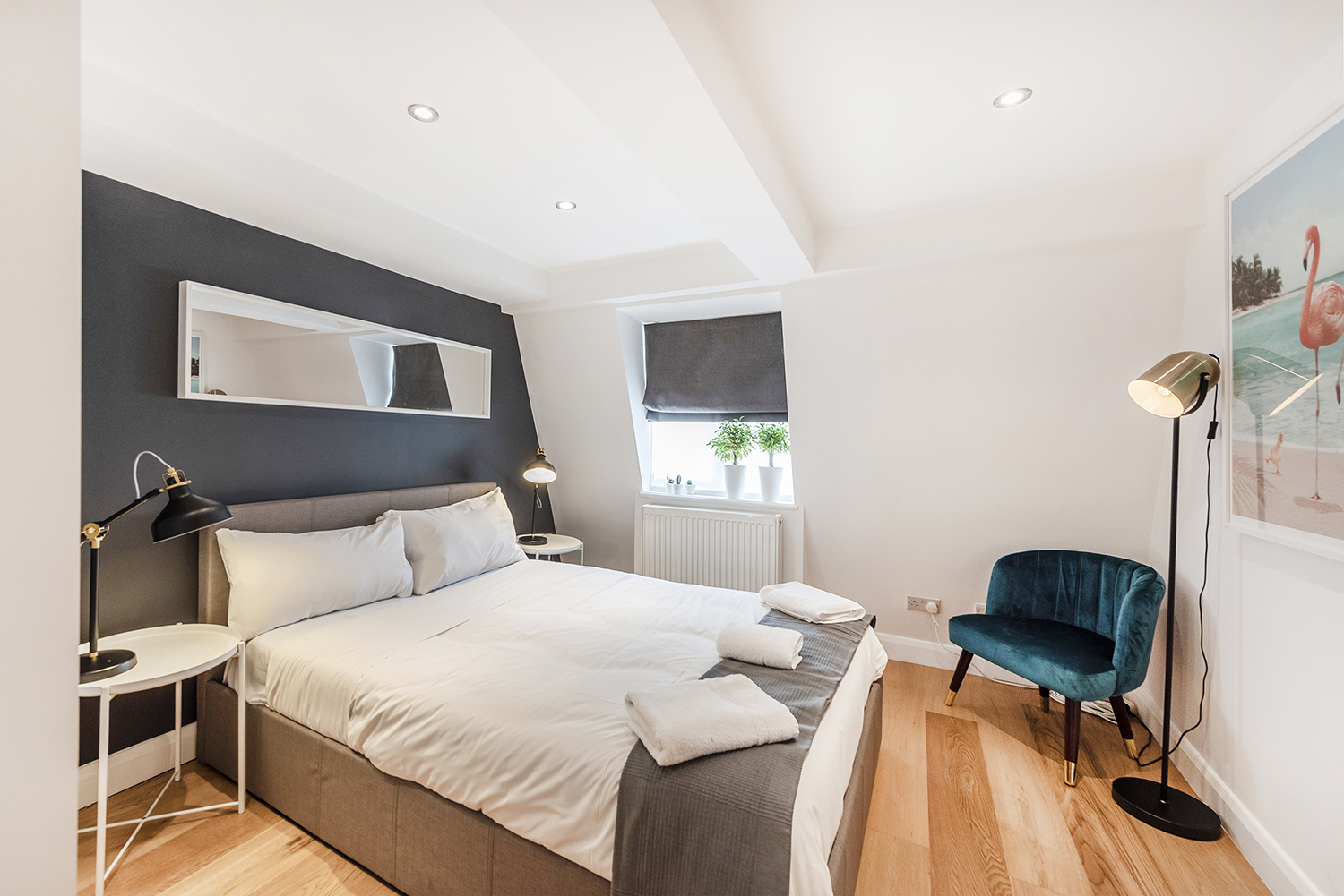 Bed at Percy Street Apartment - Citybase Apartments