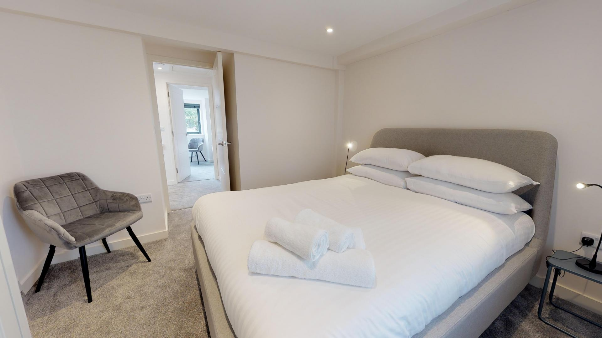 Bedroom at Rogers Street House, Summertown, Oxford - Citybase Apartments
