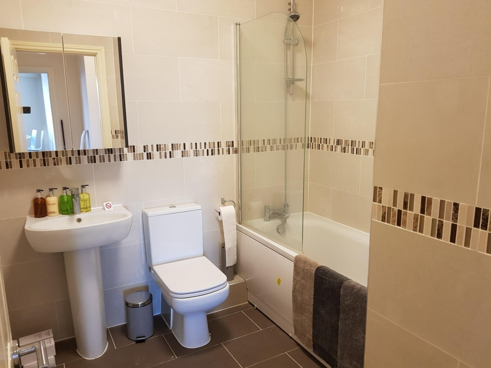 Bathroom at Victory House Apartments, Shirley, Southampton - Citybase Apartments