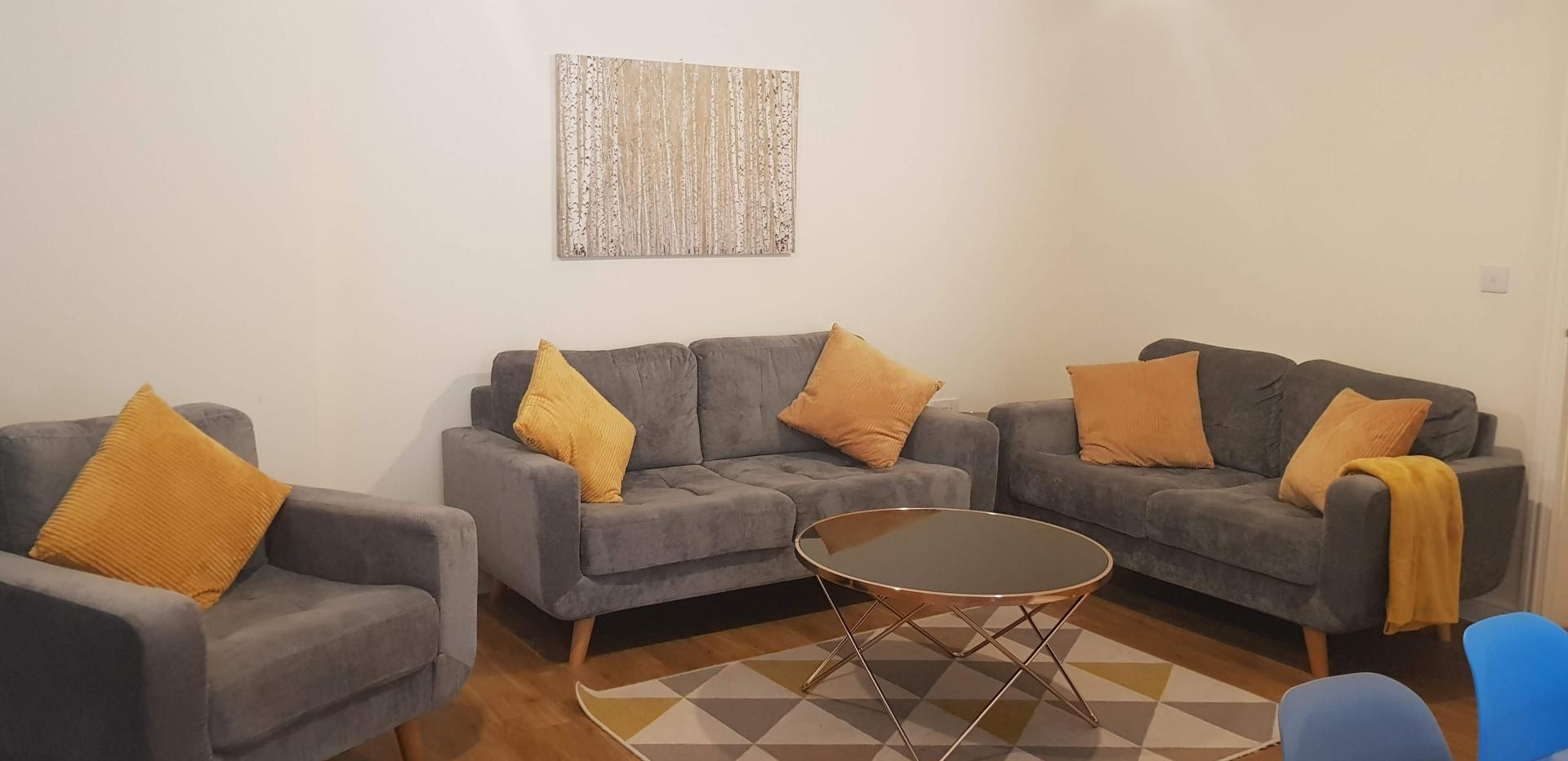 Living area at Moore Close Apartment, Inner Avenue, Southampton - Citybase Apartments