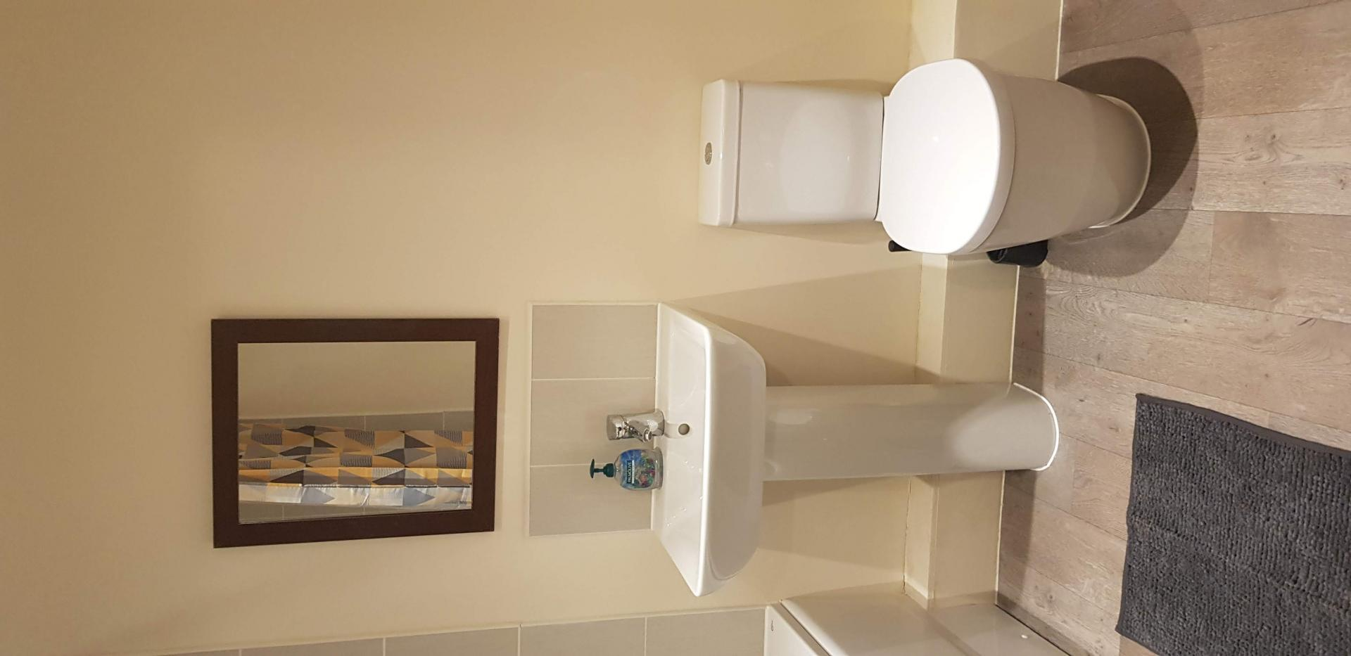 WC at Moore Close Apartment, Inner Avenue, Southampton - Citybase Apartments