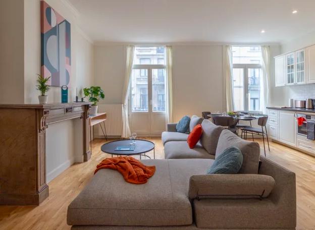 Lounge at Dansaert Apartments, Centre, Brussels - Citybase Apartments