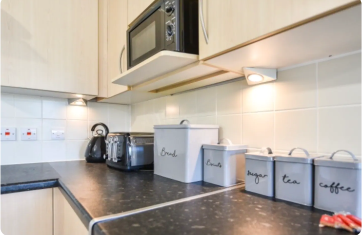 Appliances at The Roundhouse Apartment, Gunwharf Quays, Portsmouth - Citybase Apartments