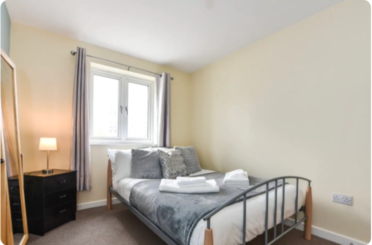 Bedroom at The Roundhouse Apartment, Gunwharf Quays, Portsmouth - Citybase Apartments