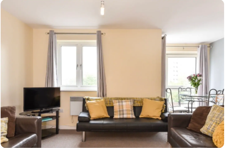 Living area at The Roundhouse Apartment, Gunwharf Quays, Portsmouth - Citybase Apartments