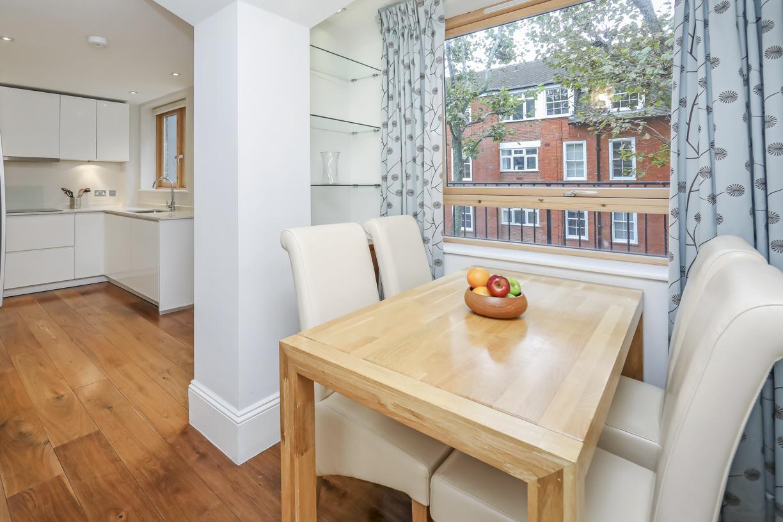 Dining table at Tavistock Place Apartments, Fitzrovia, London - Citybase Apartments