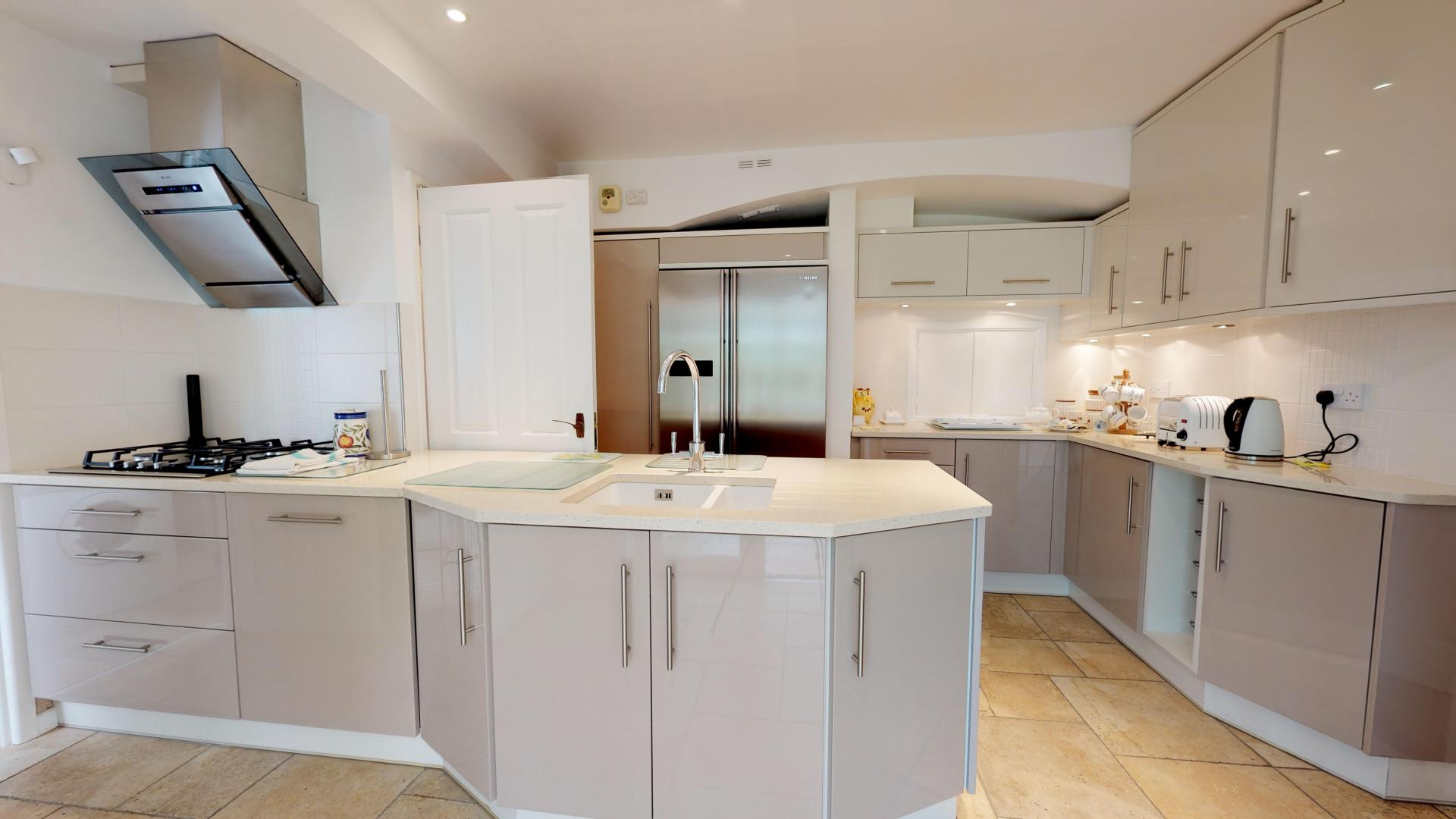 Kitchen at Blenheim Gate House, Centre, Woodstock - Citybase Apartments