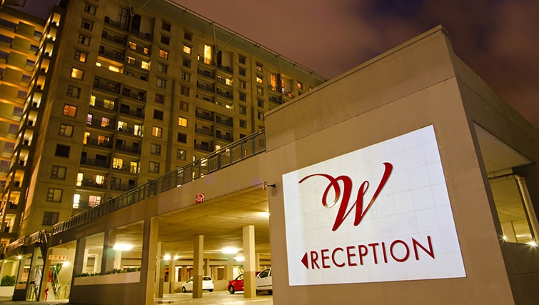 Exterior of Westpoint Executive Suites - Citybase Apartments