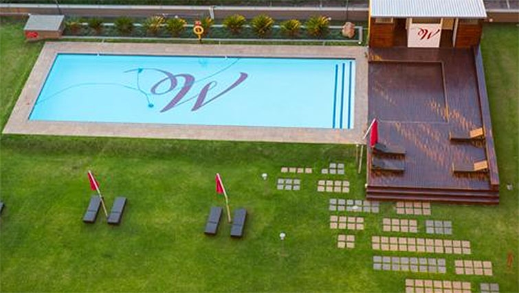 Pool at Westpoint Executive Suites - Citybase Apartments