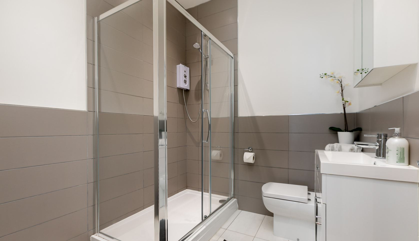 Shower at Brighton Lanes Apartments, Centre, Brighton - Citybase Apartments