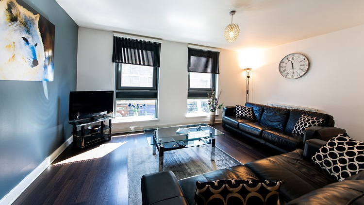 TV at The Spires Glasgow - Citybase Apartments
