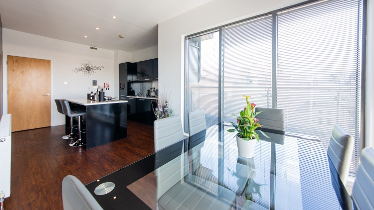 Dining table at The Spires Glasgow - Citybase Apartments