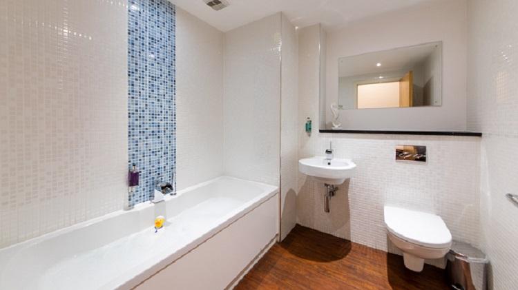 Bathroom at The Spires Glasgow - Citybase Apartments