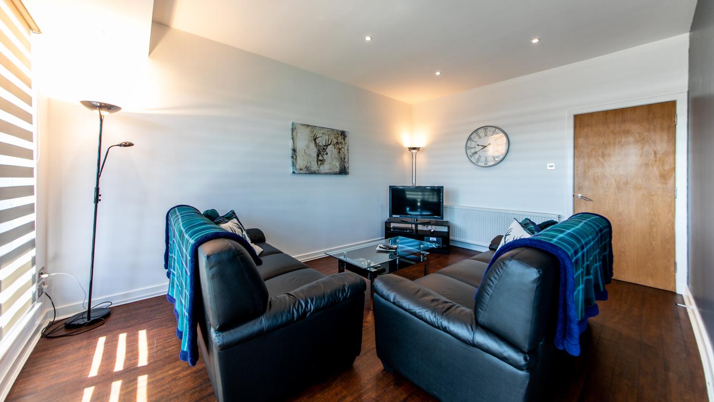 Leather sofas at The Spires Glasgow - Citybase Apartments