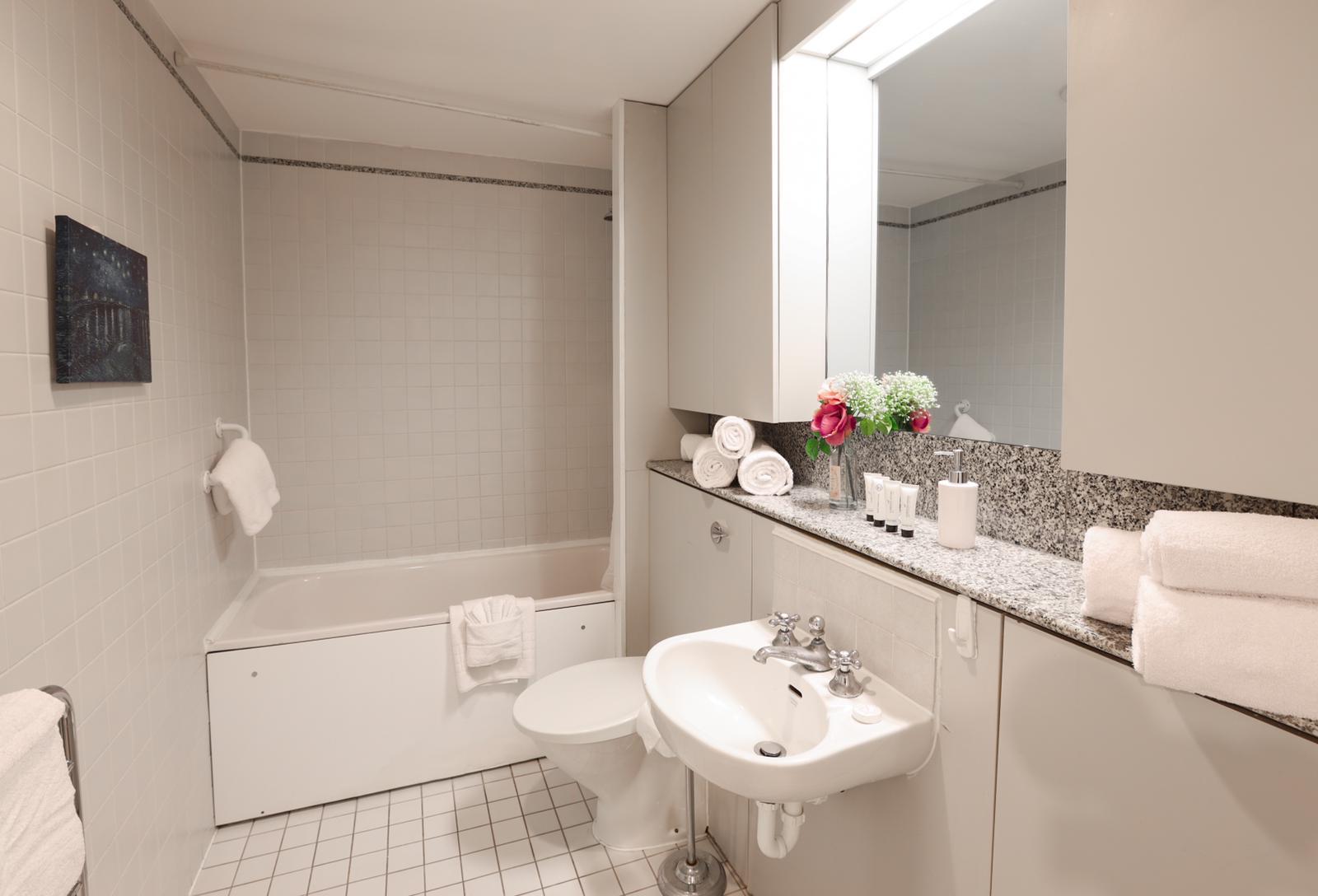 Bath at 116 Point West Apartments, South Kensington, London - Citybase Apartments