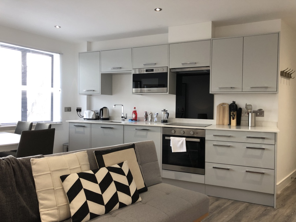 Kitchen at Reading Kings Lodge Apartments, Centre, Reading - Citybase Apartments