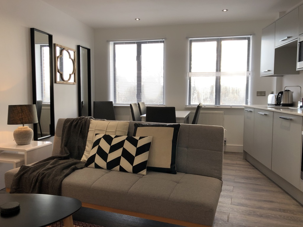 Lounge at Reading Kings Lodge Apartments, Centre, Reading - Citybase Apartments