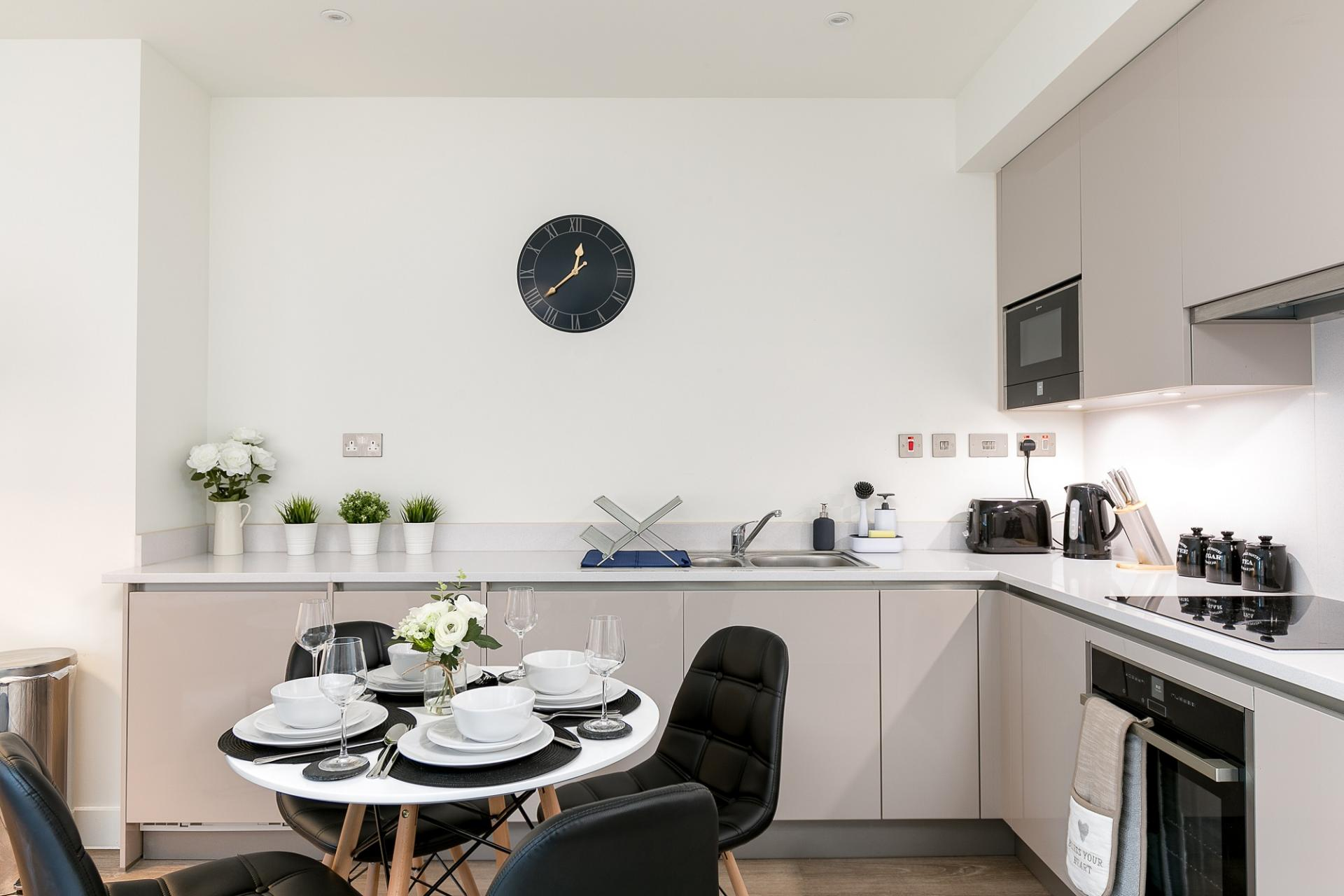 Kitchen at Kings Reach Apartment, Centre, Reading - Citybase Apartments