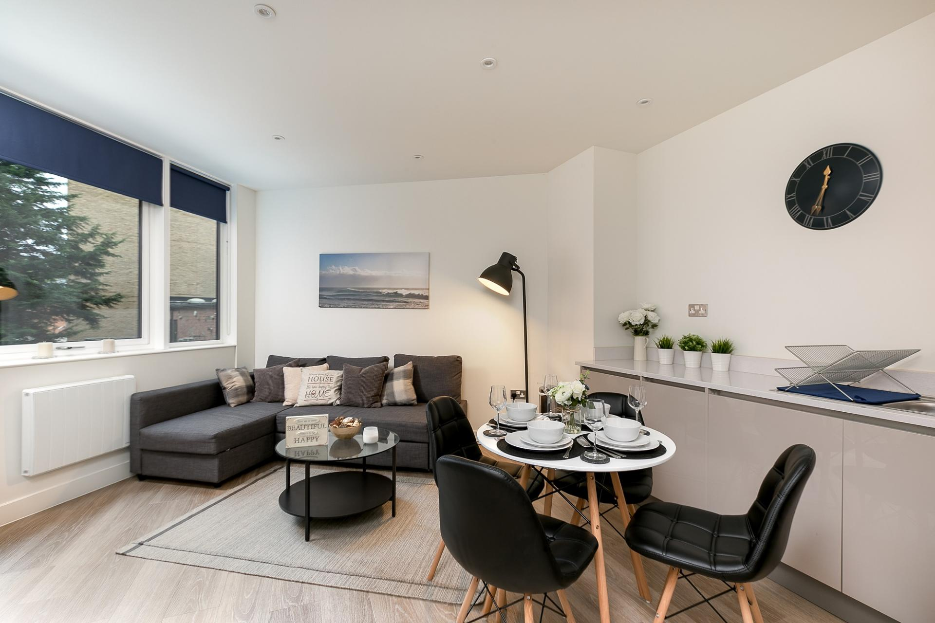 Lounge at Kings Reach Apartment, Centre, Reading - Citybase Apartments