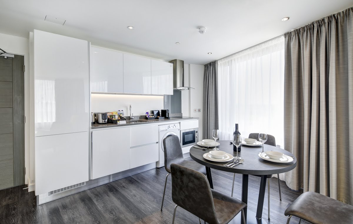 Kitchen at ExCel Dockside Apartments, Royal Docks, London - Citybase Apartments