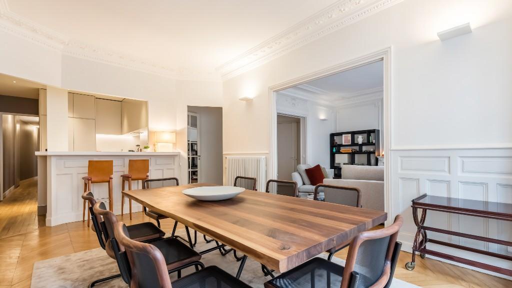 Open-plan at Four Saint Germain Apartments, Monnaie, Paris - Citybase Apartments