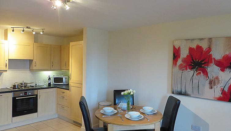 Compact kitchen in Warren Close Apartments - Citybase Apartments