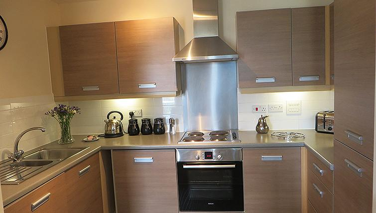 Fully equipped kitchen at Warren Close Apartments - Citybase Apartments