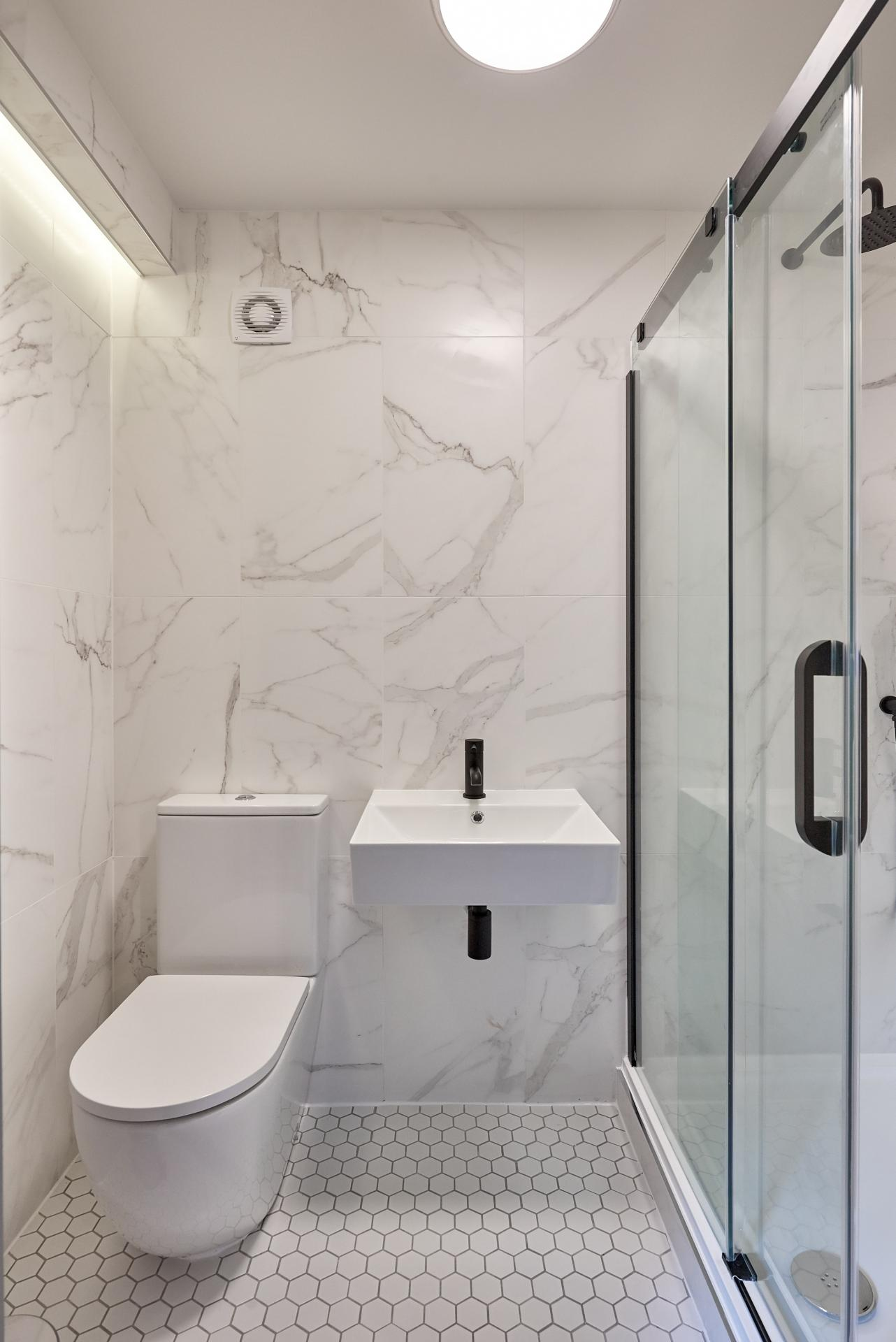En-suite at The St Paul's Residence, Jewellery Quarter, Birmingham - Citybase Apartments