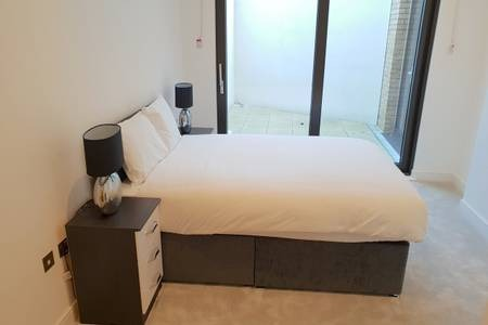 Bedroom at Elgin Avenue Apartments, Westbourne Green, London - Citybase Apartments