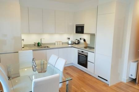 Kitchen at Elgin Avenue Apartments, Westbourne Green, London - Citybase Apartments