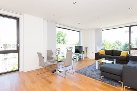 OPen-plan lounge at Elgin Avenue Apartments, Westbourne Green, London - Citybase Apartments