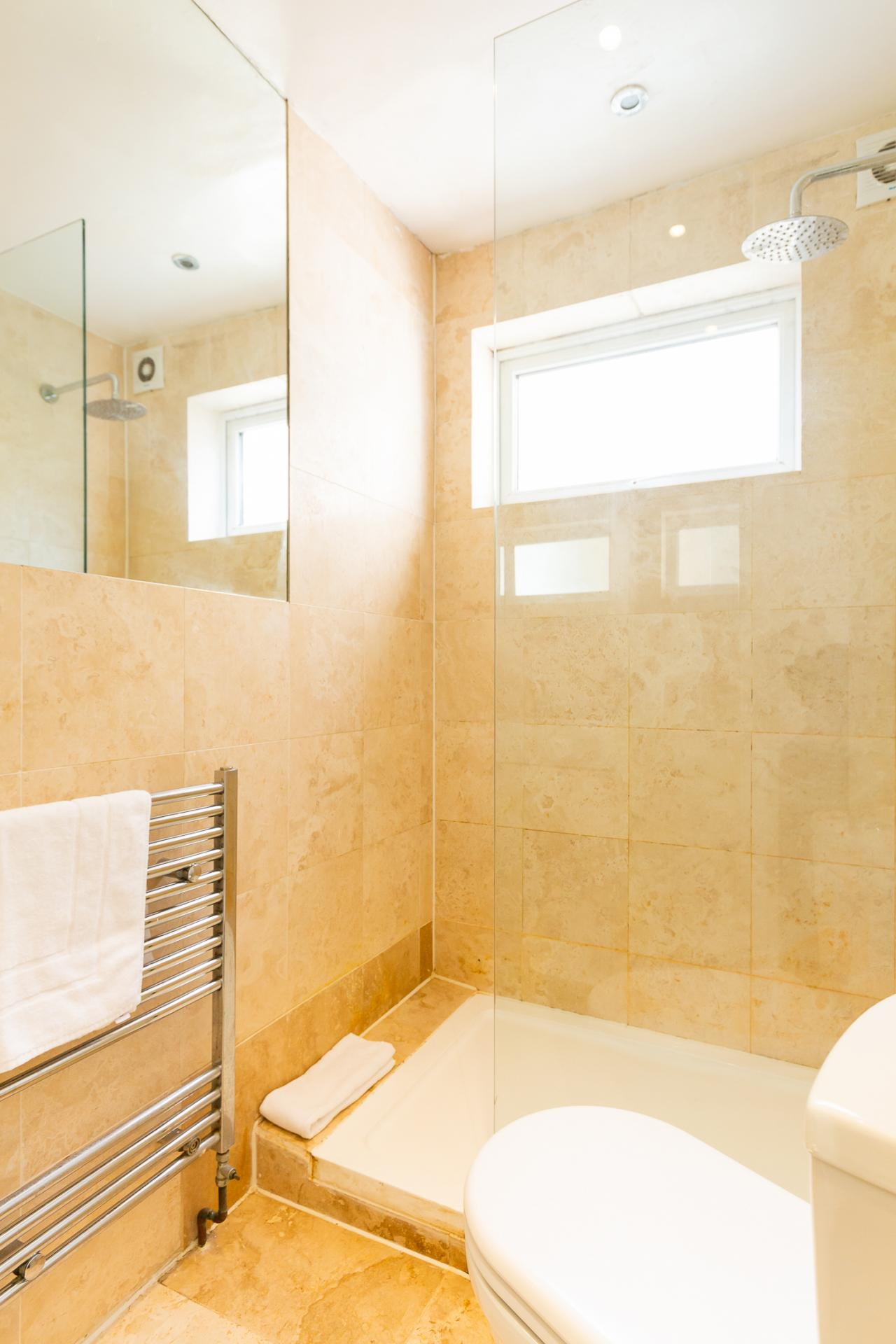 Bathroom at ZO Notting Hill Apartments, Maida Vale, London - Citybase Apartments