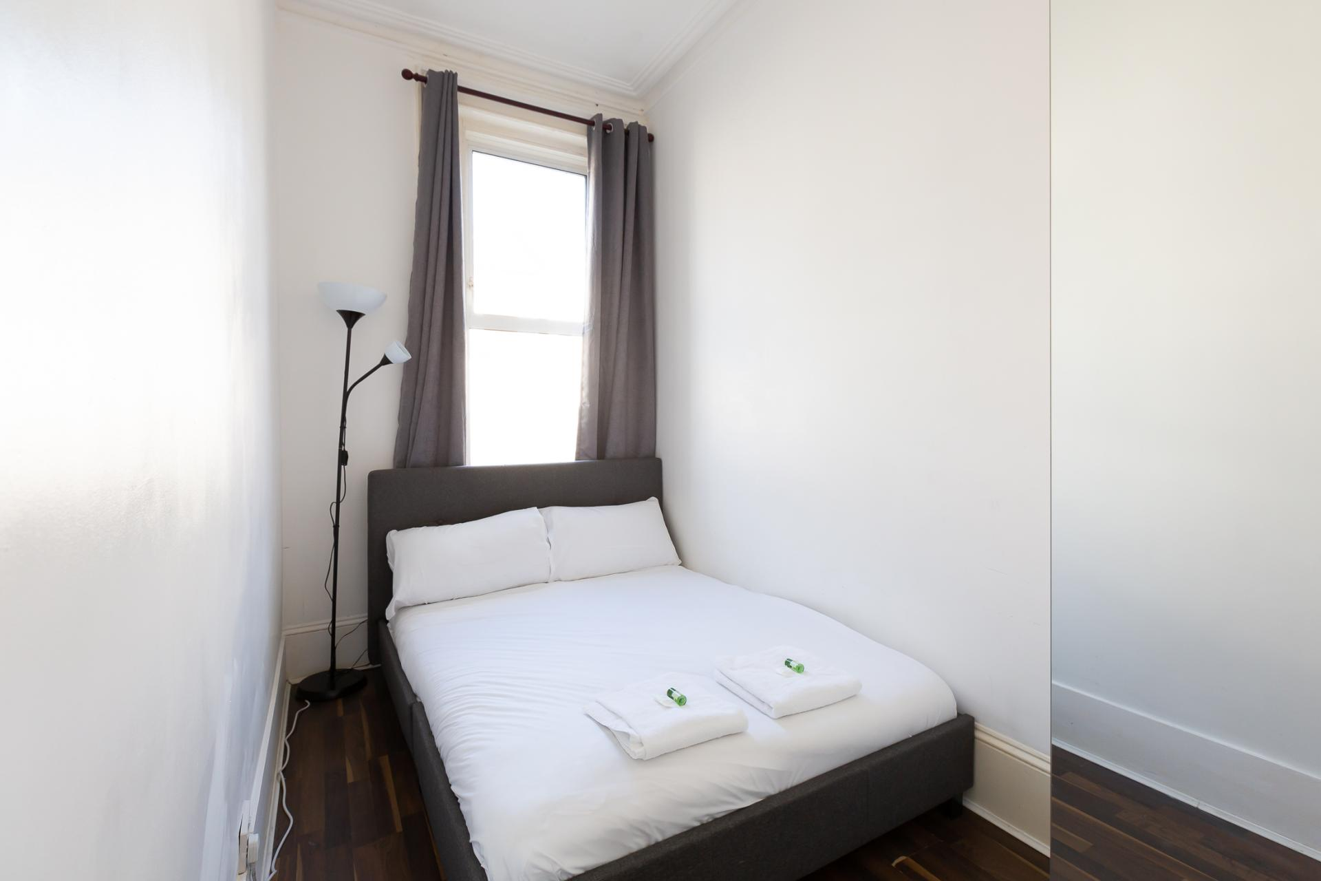 Bedroom at ZO Notting Hill Apartments, Maida Vale, London - Citybase Apartments