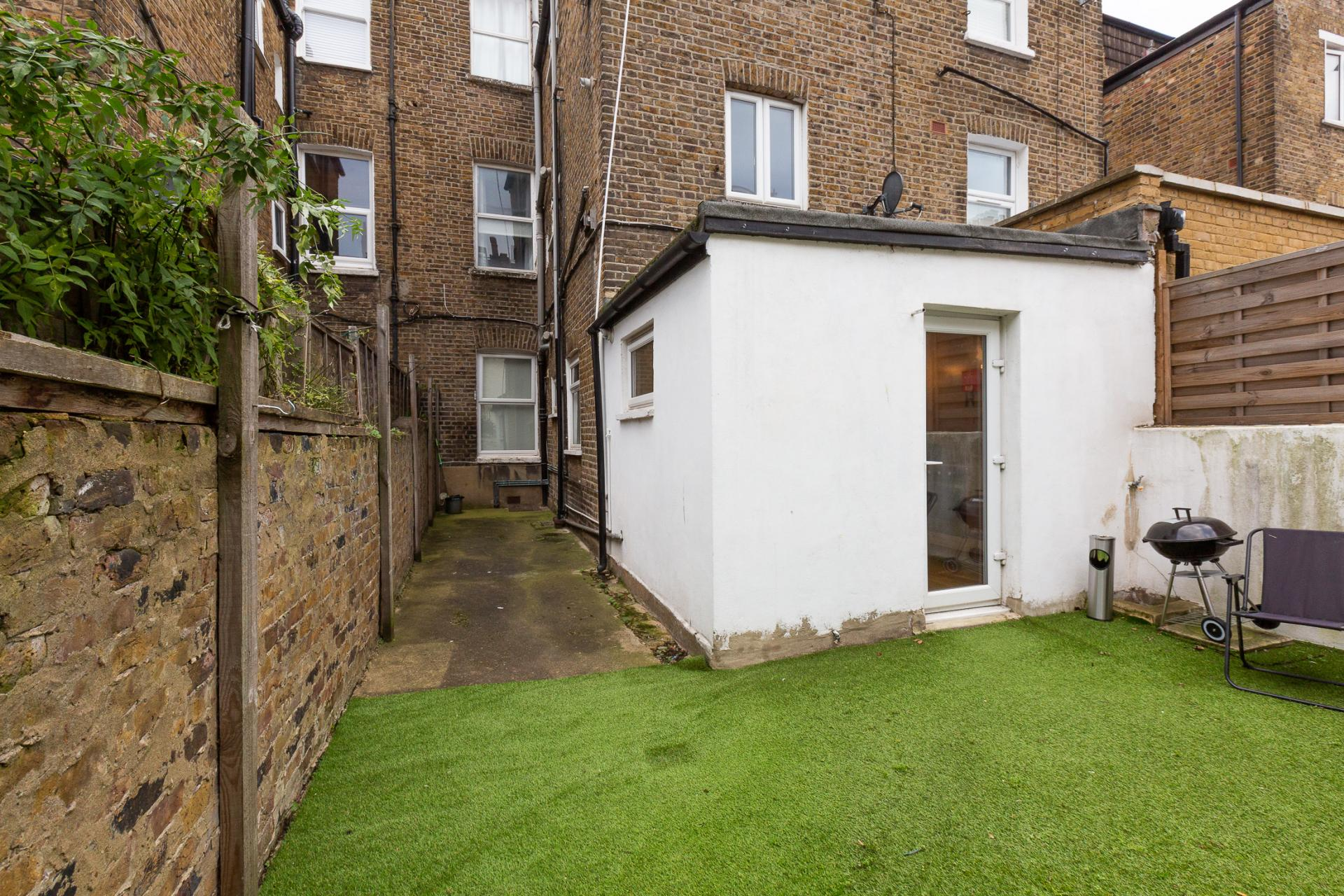 Garden at ZO Notting Hill Apartments, Maida Vale, London - Citybase Apartments