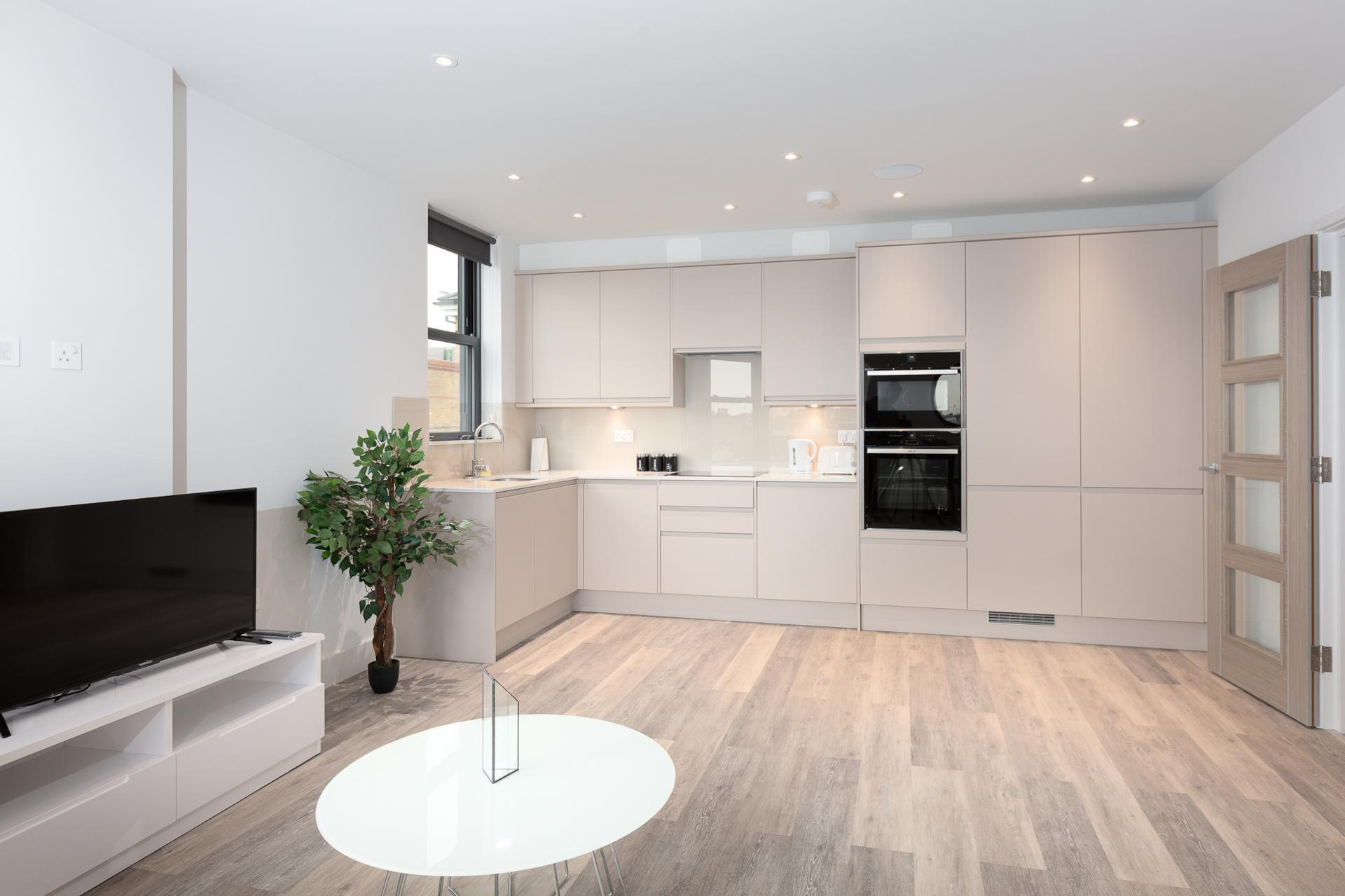 Kitchen at Fulham Serviced Apartments, Fulham, London - Citybase Apartments