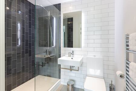 Bathroom at Royal Wharf Apartment, Silvertown, London - Citybase Apartments