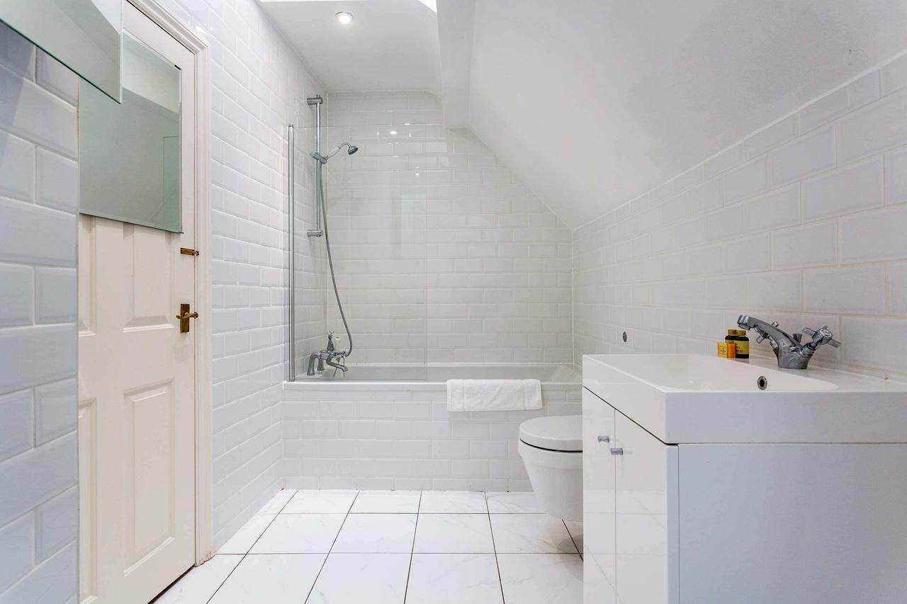 Bathroom at St Paul Apartments, City, London - Citybase Apartments