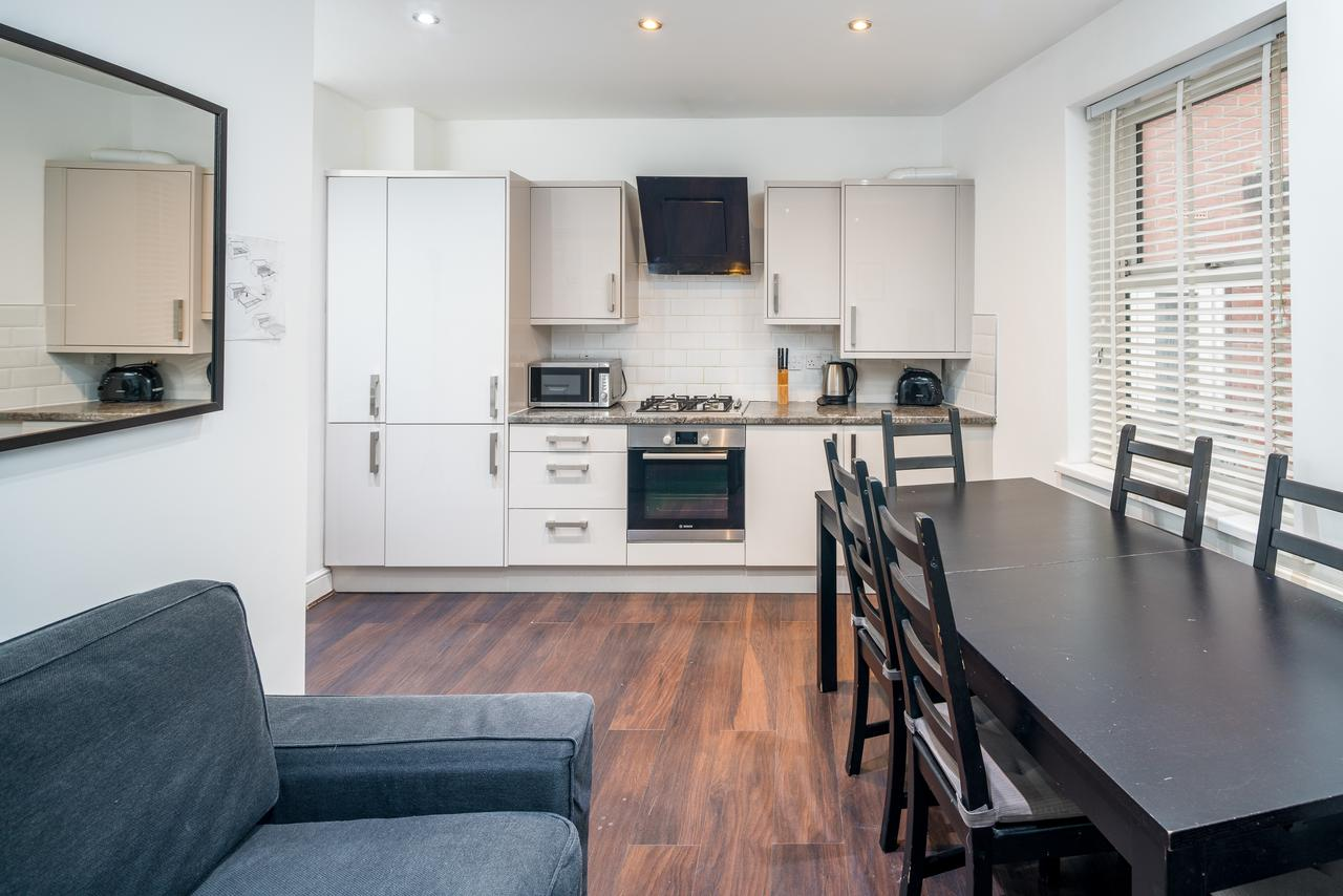 Living Area at Shoreditch Serviced Apartments, Shoreditch, London - Citybase Apartments