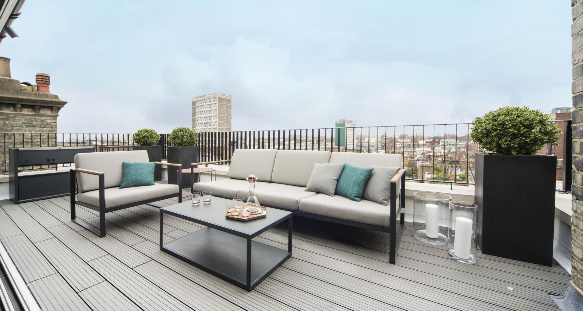 Terrace at 21 Campden Hill Garden House, Notting Hill, London - Citybase Apartments