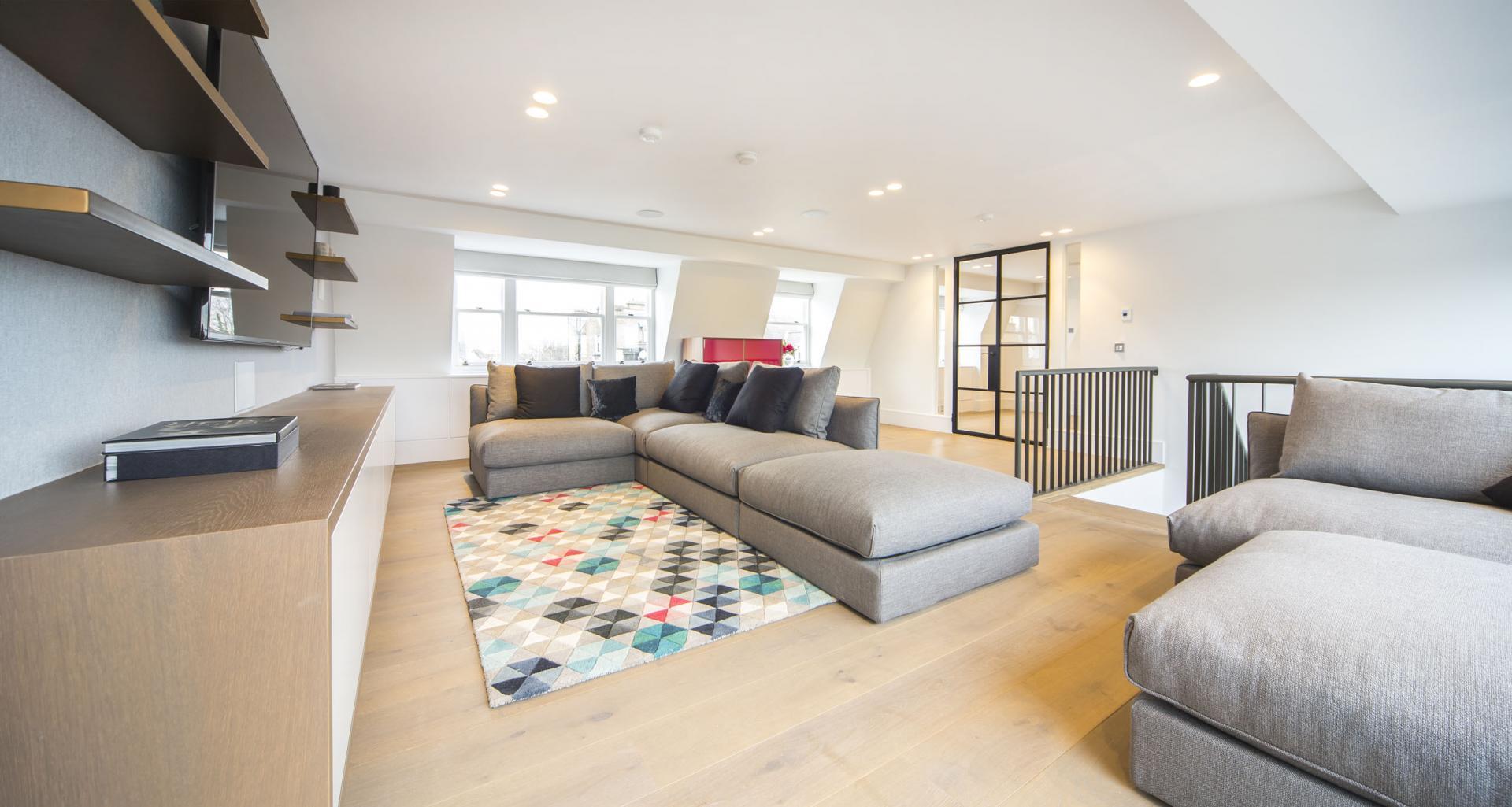 TV snug at 21 Campden Hill Garden House, Notting Hill, London - Citybase Apartments