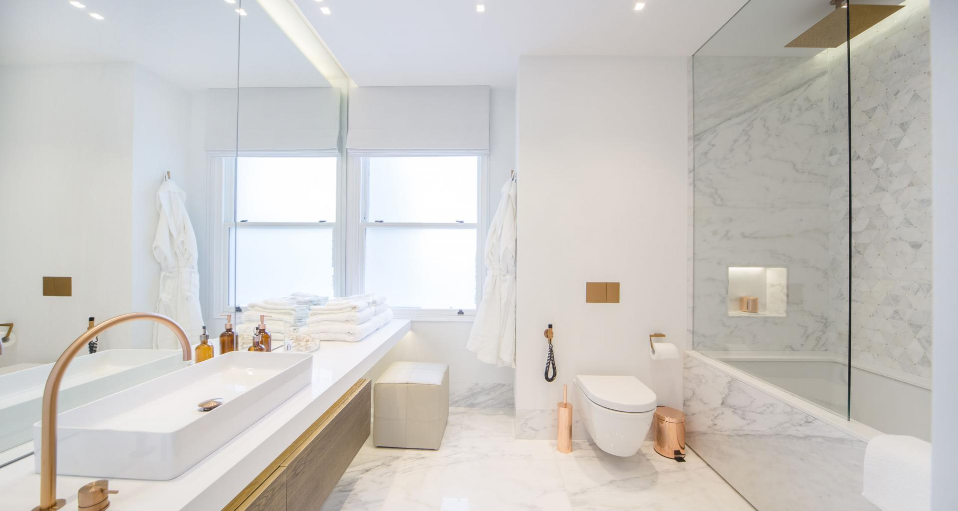 Bathroom at 21 Campden Hill Garden House, Notting Hill, London - Citybase Apartments