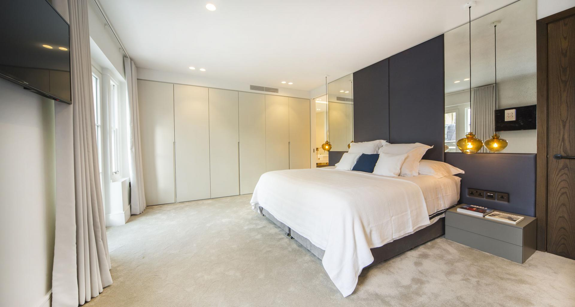 Bed at 21 Campden Hill Garden House, Notting Hill, London - Citybase Apartments
