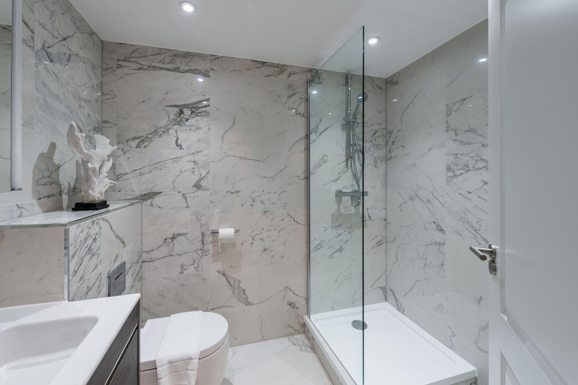 Toilet at The Carlyle Serviced Apartments, Earls Court, London - Citybase Apartments