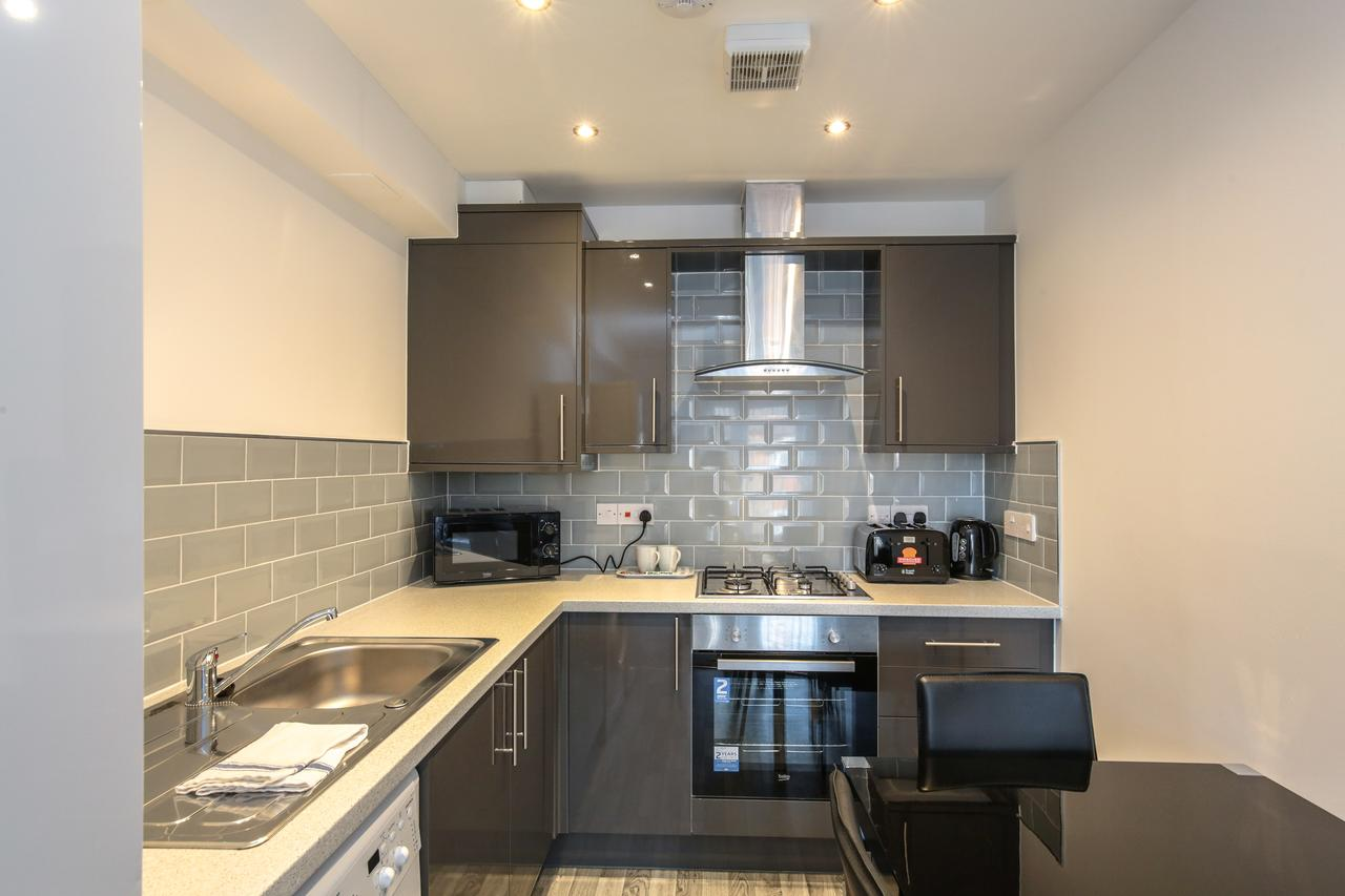 Oven at Sidney Place Apartments, Edge Hill, Liverpool - Citybase Apartments