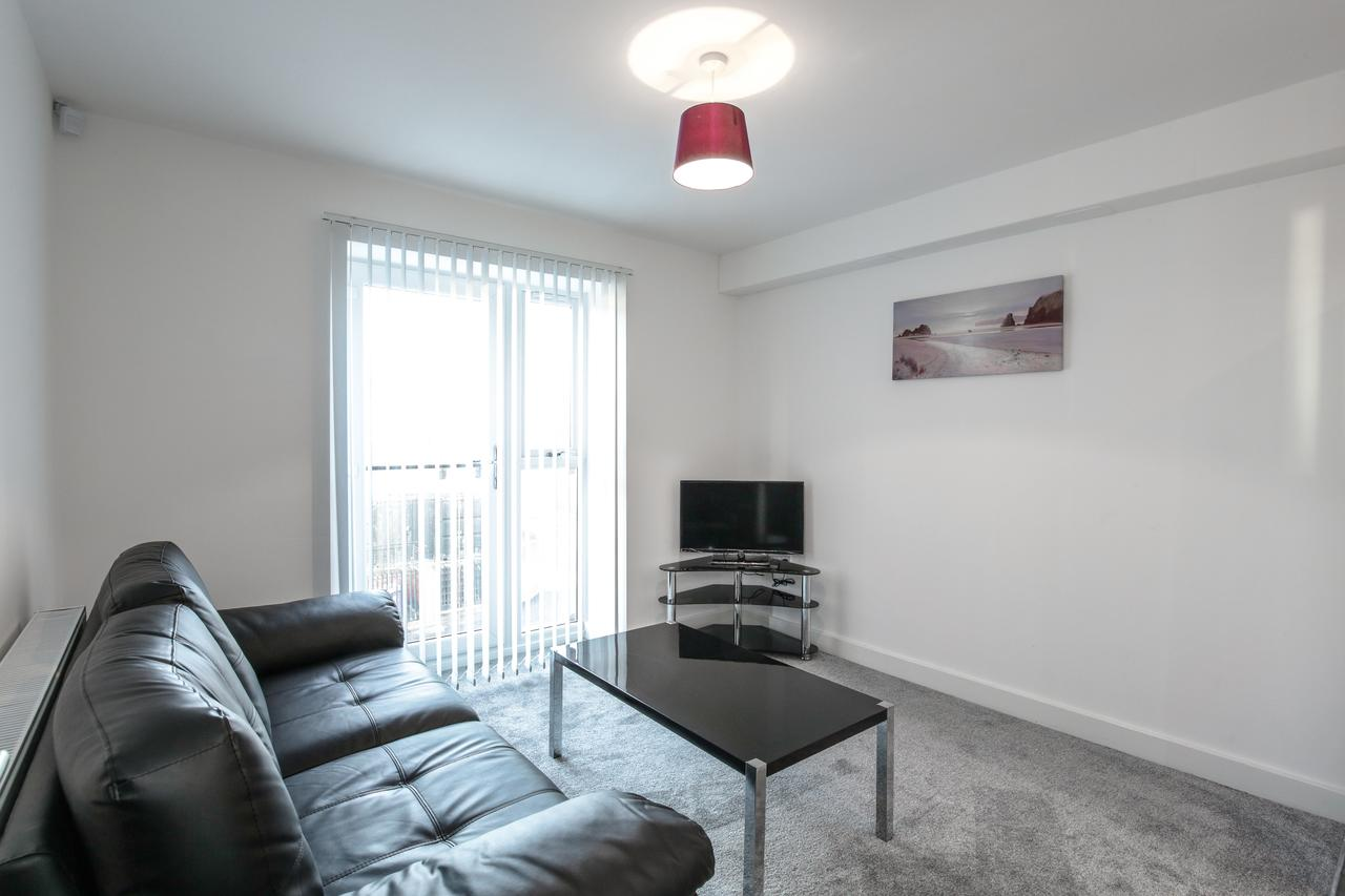 TV at Sidney Place Apartments, Edge Hill, Liverpool - Citybase Apartments