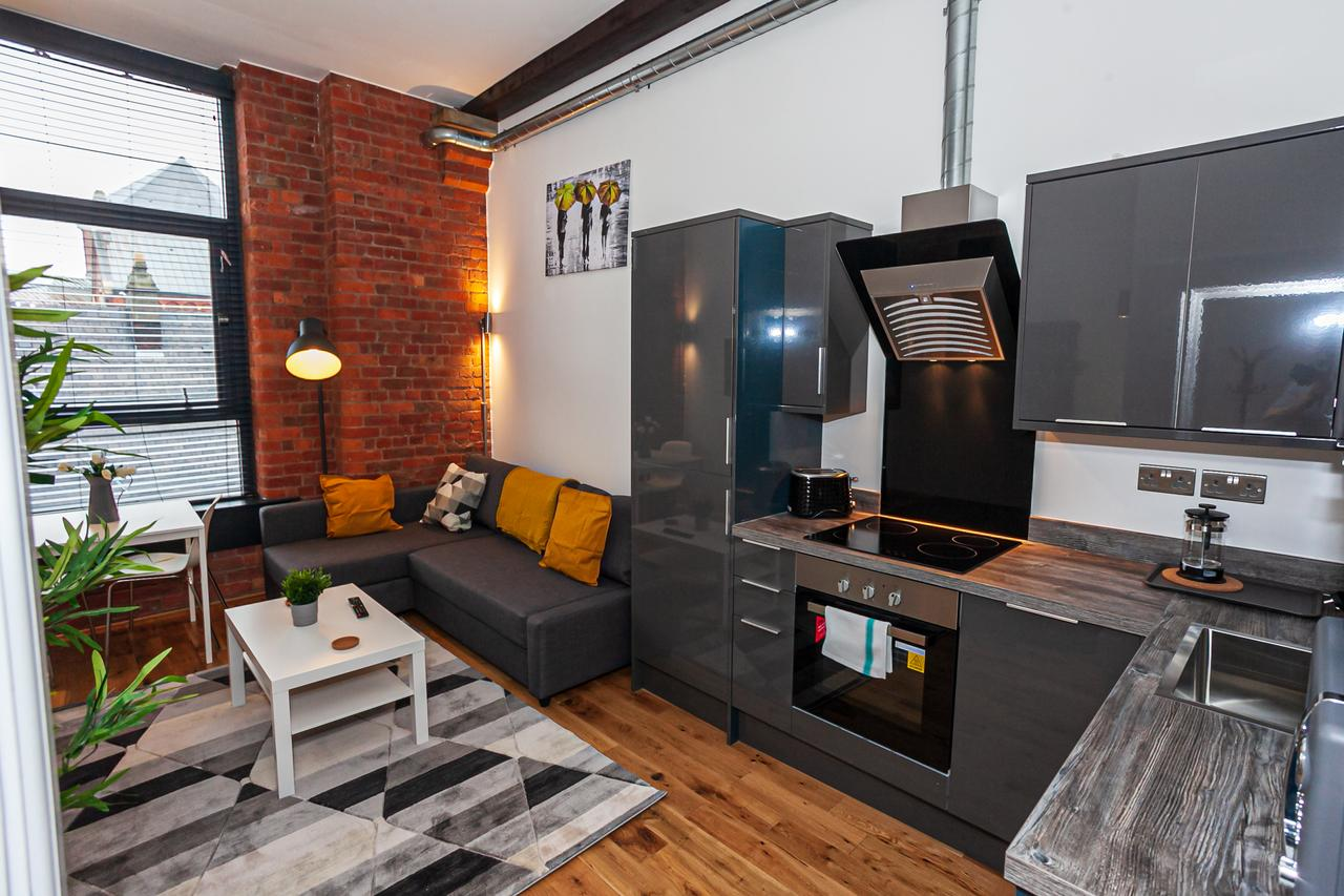Kitchen at Green Quarter Southall Apartment, Green Quarter, Manchester - Citybase Apartments
