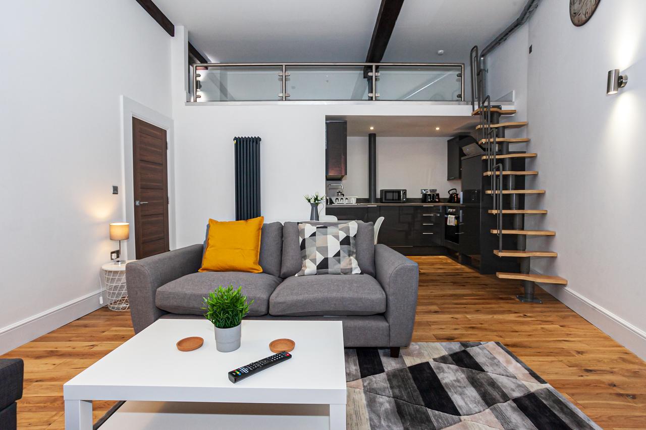 Grey at Green Quarter Southall Apartment, Green Quarter, Manchester - Citybase Apartments
