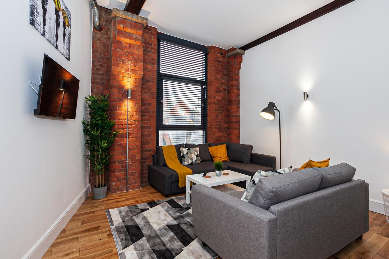 TV at Green Quarter Southall Apartment, Green Quarter, Manchester - Citybase Apartments