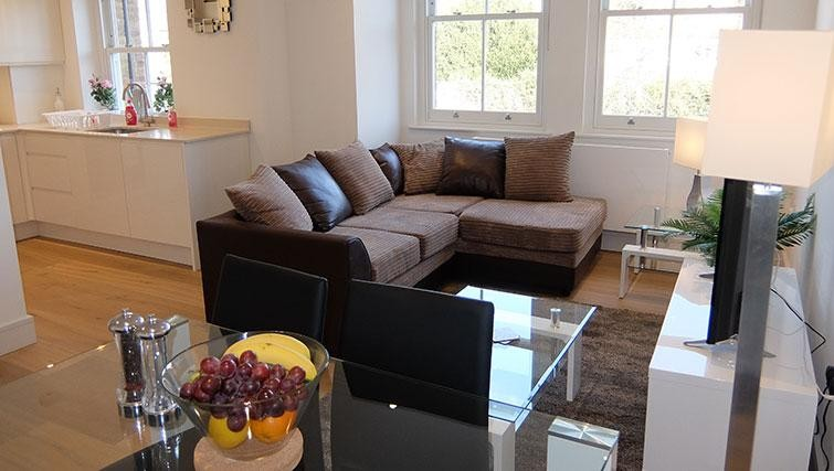 Lounge at Twickenham Newland Apartments, Twickenham, London - Citybase Apartments