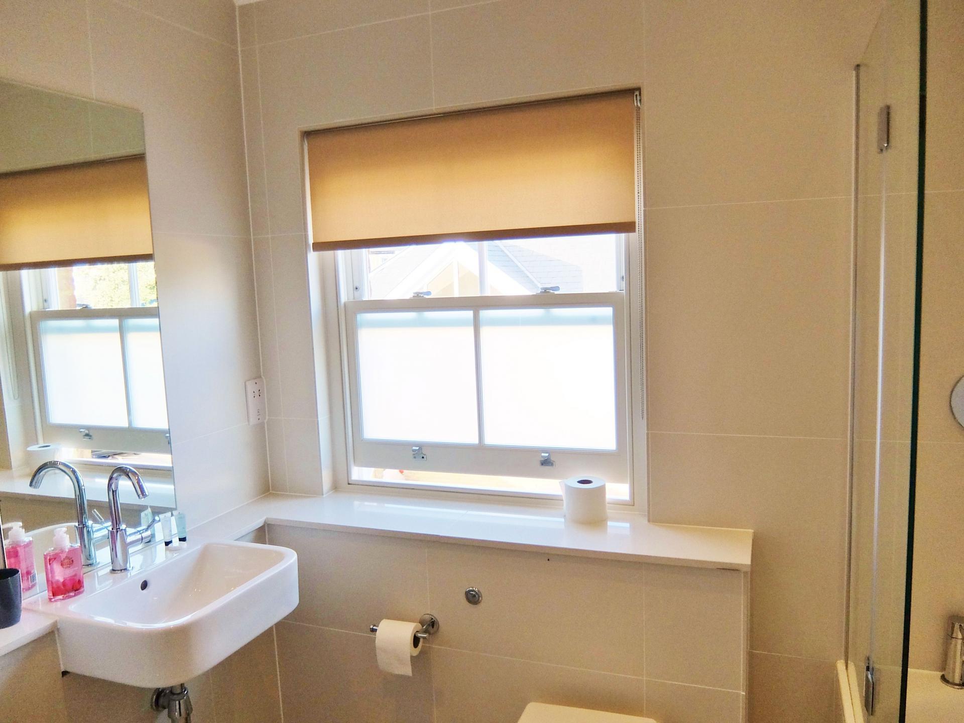 En-suite at Twickenham Newland Apartments, Twickenham, London - Citybase Apartments